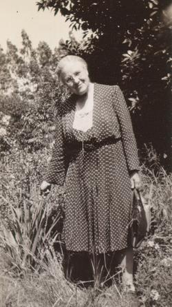 Azalia Peet in Orange, California, 1945