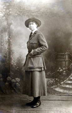 Alice Weld Tallant in uniform inCoulommier, France, 1918