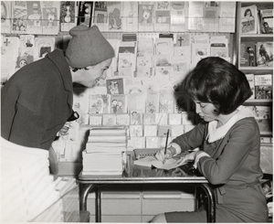Helen Gurley Brown at a book signing, 1963
