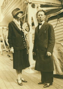 Lola Ridge and David Lawson, undated