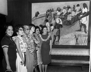 Gladys Bradley (sixth from the left) with delegates at Honolulu, 1968