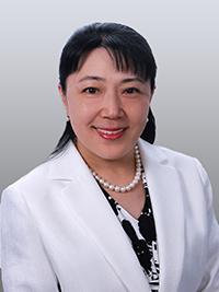 Smith Medalist Mitsuro Claire Chino '88