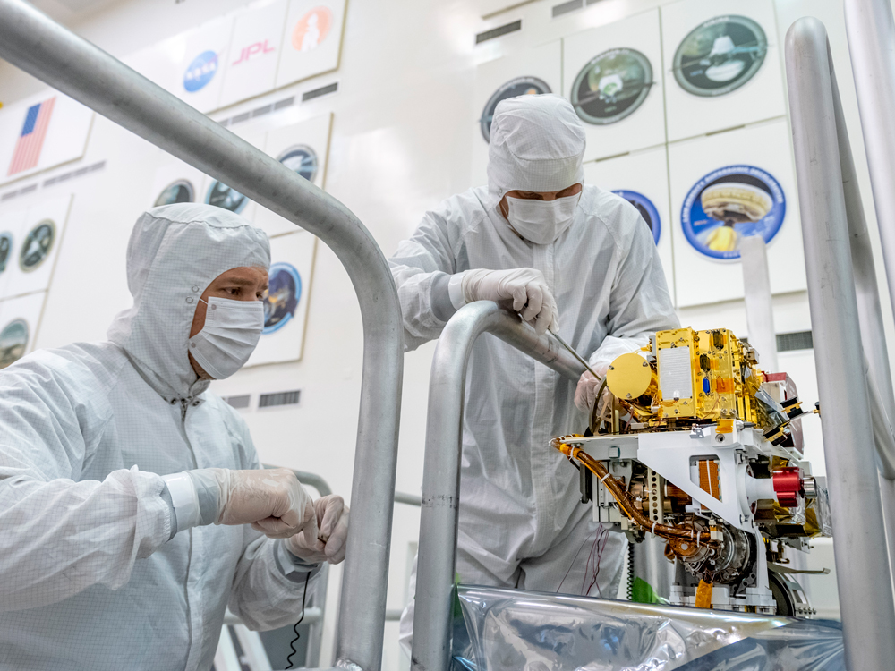 Engineers install the SuperCam on the Mars Rover