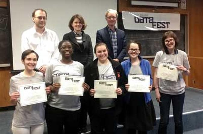 "Smith DataFest 2014 winners in the category ""Best in Show/Best Visualization"""