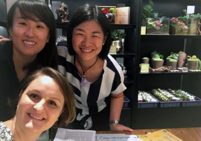 In Hong Kong, Hannah Leung '09, Aubrey Menarndt '08 and Ellen Tai '07 wrote letters of congratulations to graduates