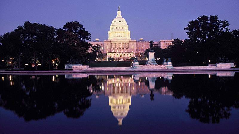 Photo of the U.S. Capital Building at Night