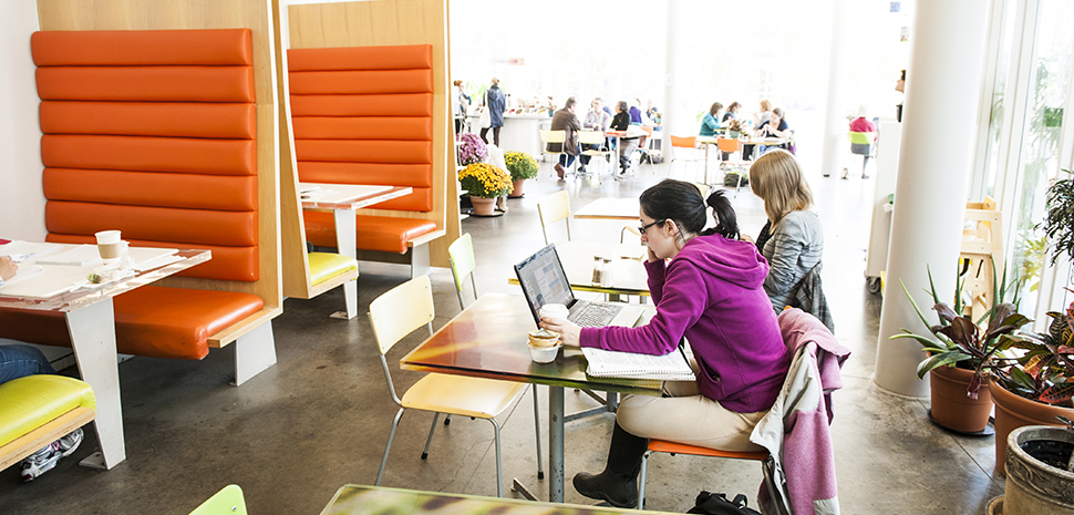 Students at the Smith Campus Center Café