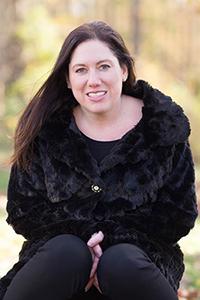 Author profile photo of poet Erika Meitner