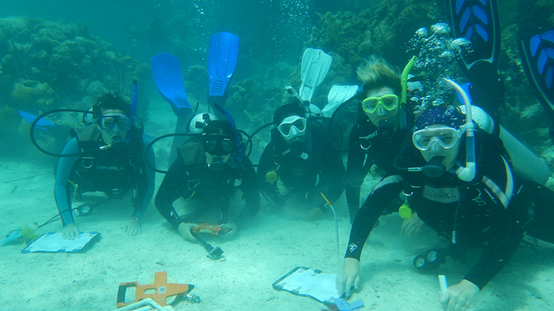 Students scuba diving as part of the Coral Reef Ed-Ventures Program