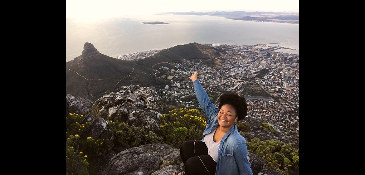 Photo taken from the top of Table Mountain, a mountain overlooking Cape Town, South Africa