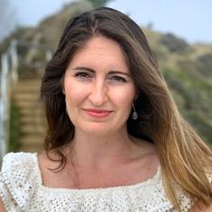 Lindsay     Poirier