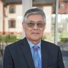 Dennis T.    Yasutomo