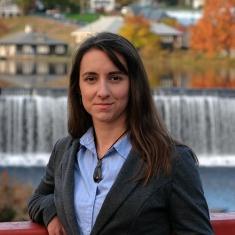 Sarah    Mazza