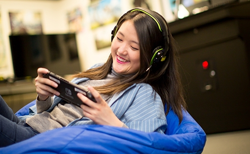 Faith Kim in the gaming lab