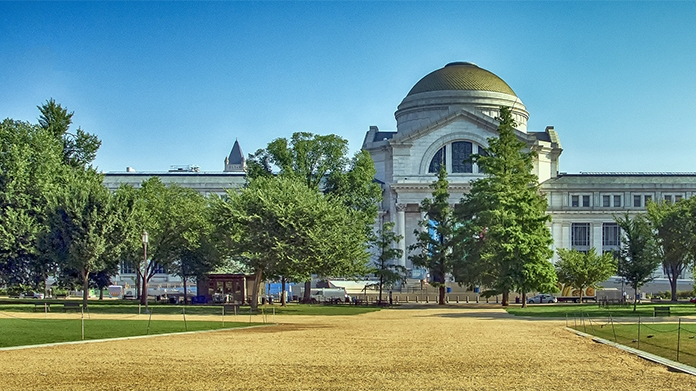 Smithsonian Museum - exterior