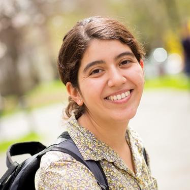 Stephanie Pinedo Profile Image