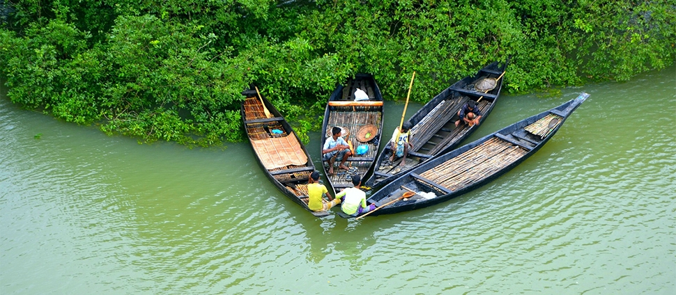 Photo of fishermen in Bangladesh