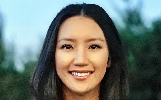 Andrea     Hong '11