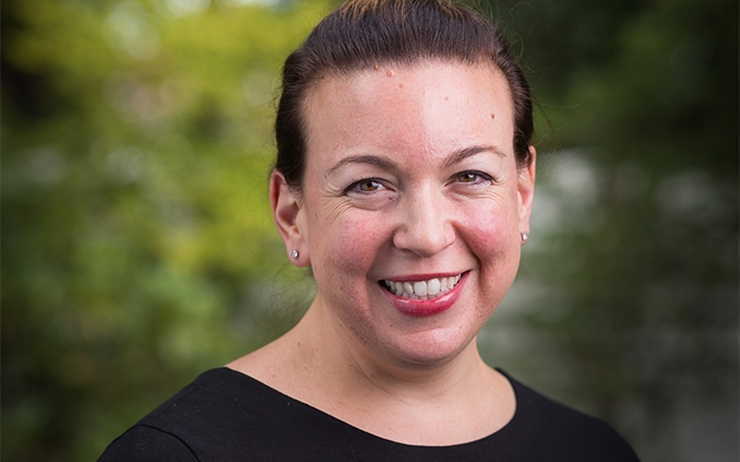 Lynne    Zagami '00