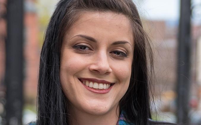 Cassandra    Leone