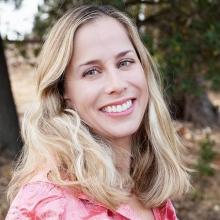 Headshot of Karen Poppy