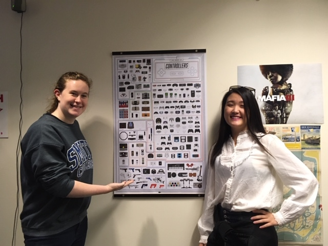 Rebecca Wolf '20 and Faith Kim '19