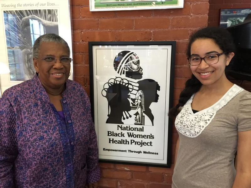 Activist Byllye Avery, founder of the National Black Women's Health Project, and Alicia Bowling '17 at Smith's women's history archives, the centerpiece of the college's new MOOC.