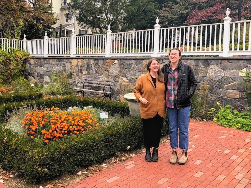 Sarah Loomis and Hannah Asofsky '21 at the Happy Chace Garden