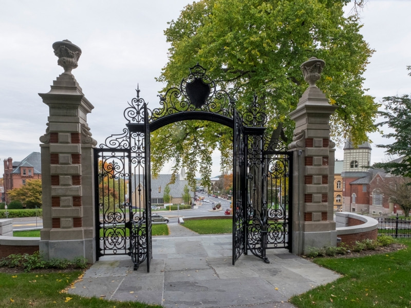 Looking toward Northampton through the Grecourt Gates