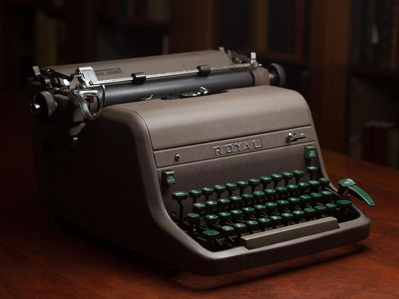 Typewriter that belonged to Sylvia Plath