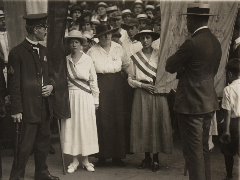 Arrest of White House pickets Catherine Flanagan of Hartford, Connecticut (left), and Madeleine Watson of Chicago, 1917