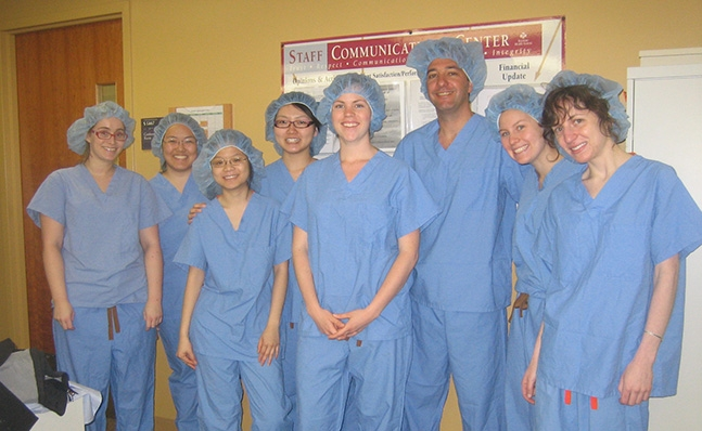 Students on an anesthesia tour