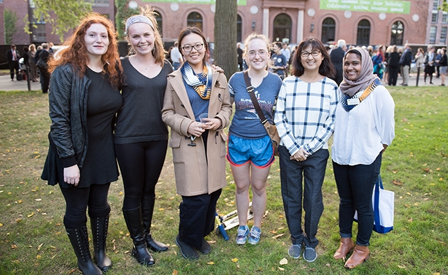 Maya Lin with a group of students